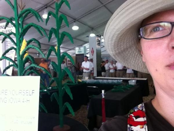 Love that Iowa 4H gets $1 for every #dowfps12 tweet with a picture of the Lego corn. http://t.co/Fh7D5stk