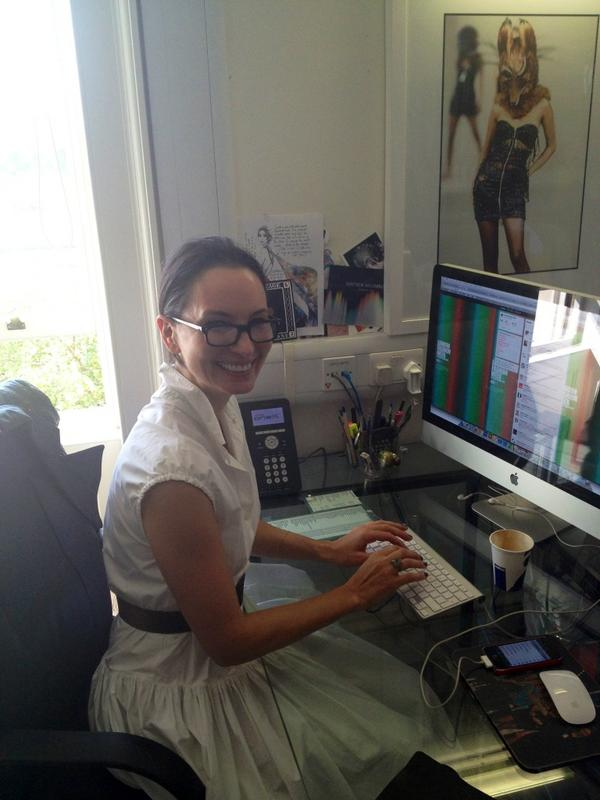 All set at the desk ready to take questions! @harvey_nichols' new Fashion Director @hnpaula. Tweet her with #AskLFW http://pic.twitter.com/vaEid13B
