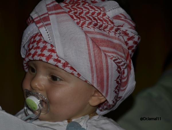 د جمال الملا On Twitter طفل أعجبني في دبي رضيع ولابس شماغ Http T Co Iuhl8bhr