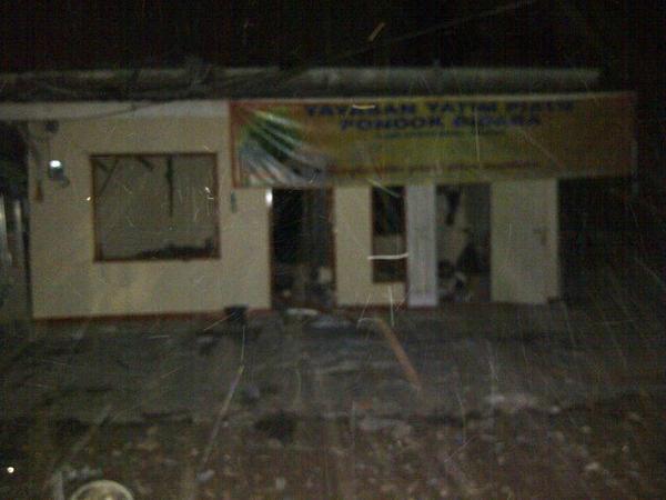 [HOT-NEWS] BOM Meledak di Panti Yatim Piatu di Depok Beji