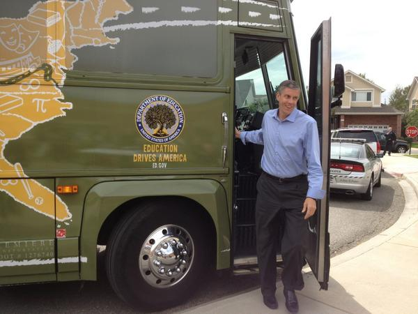 @arneduncan is at Lowry Elementary! #edtour12 http://pic.twitter.com/sKpwIgph