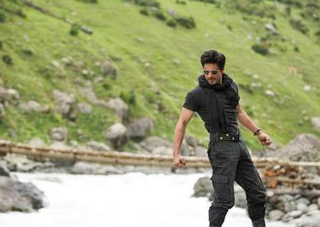 This is how JTHJ disappoints fans of DDLJ?