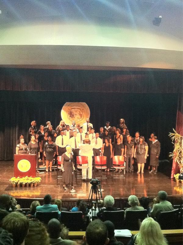 Amazing voices welcome us at Harris-Stowe State University. #edtour12 http://pic.twitter.com/8U6hzLg3