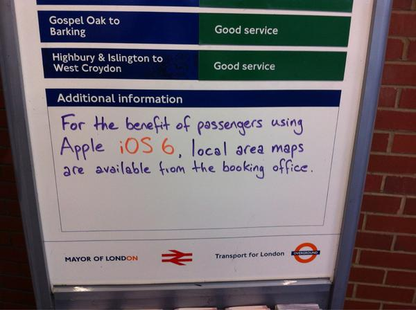 Transport for London worker's anti-Apple signage (iPhone's new maps don't include public transport) https://t.co/0TDbJvlD via @stahank