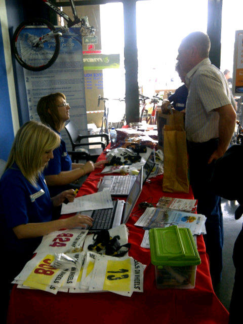 The N3TC Meals on Wheels Cycle Race team is busy with pre-registration at #Cycle Lab, Boksburg. http://t.co/r58XMhyN