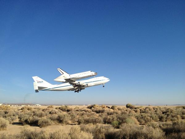 [Endeavour - OV-105] Destination California Science Center (Sept. 2012) - Page 5 A3U6OJ_CMAAwk5A