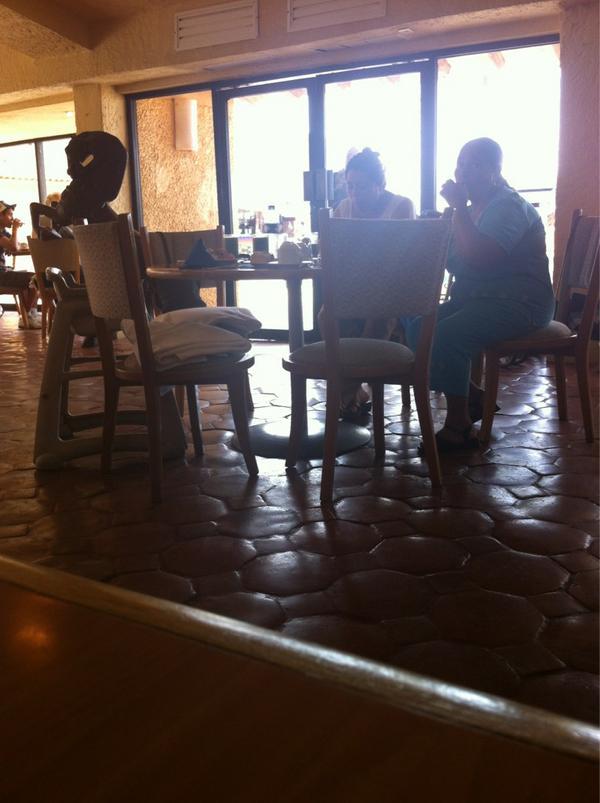 #SabesQueUnHotelEsaChafeando sin palabras #HotelPresidenteIntercontinentalIxtapa http://t.co/IHCEFV6t