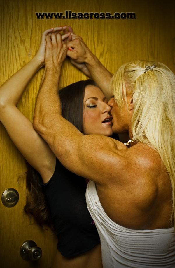 Female bodybuilder lisa cross
