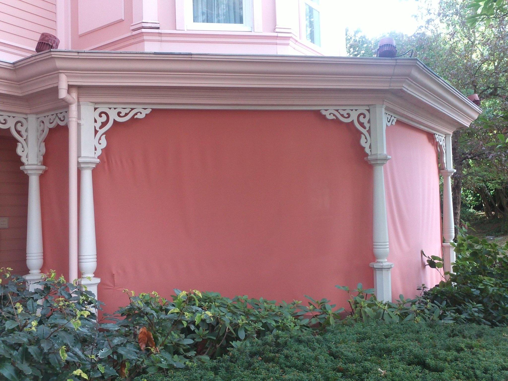 Disneyland Hôtel - Page 37 A3fKoGJCcAAZ3ne