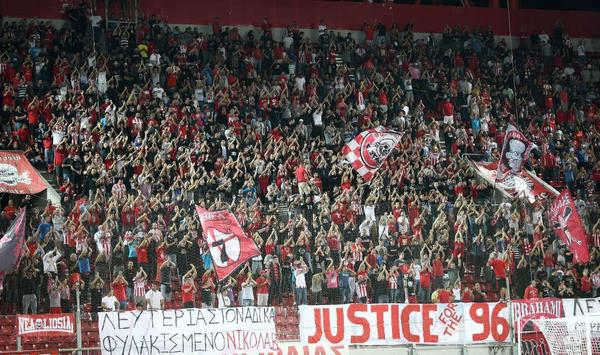 Olympiakos had a JFT96 banner earlier in the year. Last night a Liverpool style YNWA banner was in Piraeus [Picture]