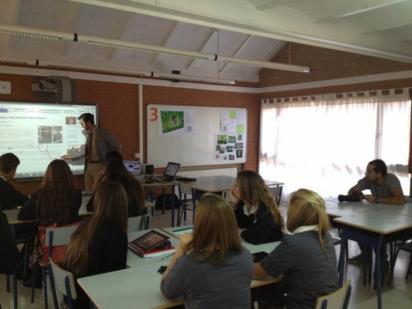 #bachilleratosek .Los alumnos de 1º de bachillerato de SEK EL CASTILLO http://pic.twitter.com/KgWStsjp
