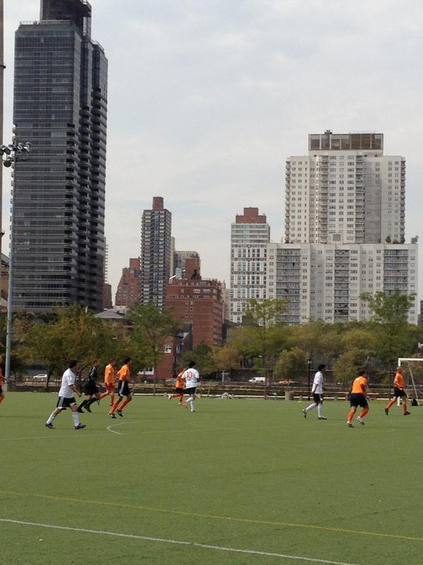 Los jugadores van de naranja apoyando el #orangeday vs violencia contra la mujer: http://pic.twitter.com/tXdyubbt #matchUNiTE v @aldijanasisic
