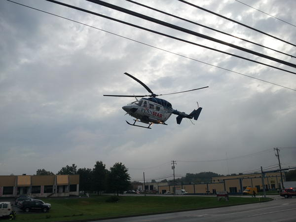 Pennstar medical helo just took off of #Route309 heading south now, very impressive landing and takeoff http://pic.twitter.com/RvzvTIgf