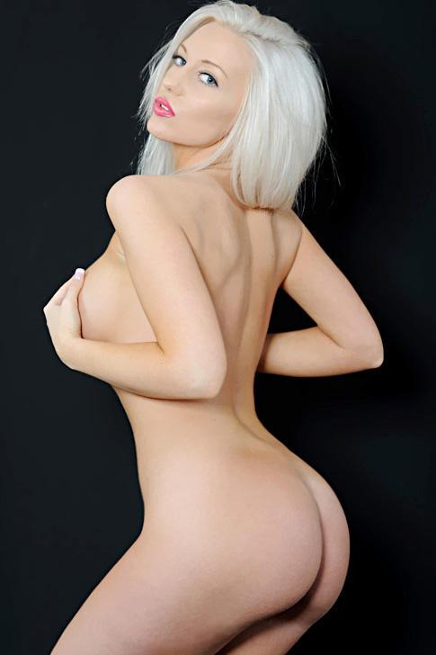 Black widow nude porn pics