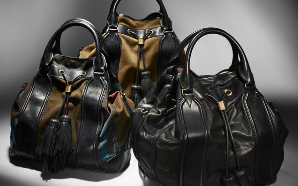 ... the  Burberry Autumn Winter 2012 accessories collectionpic.twitter.com EN3C1Gk5.  2 00 AM - 8 Oct 2012 44820a08c3461