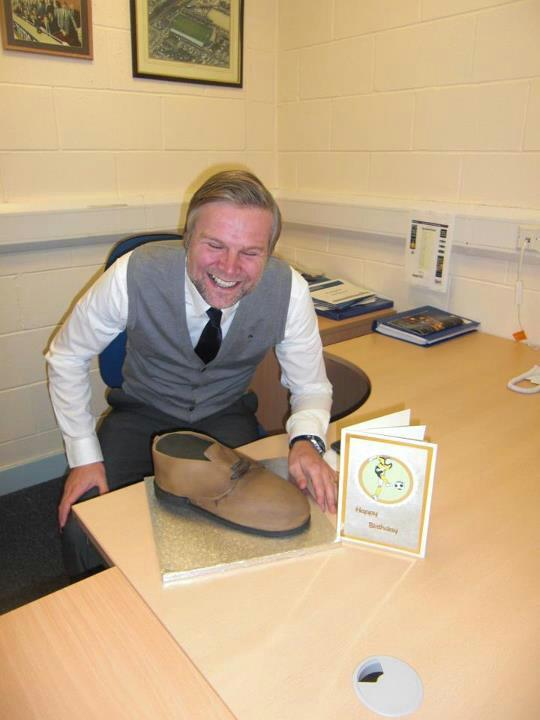 Steven Pressley love brown shoes