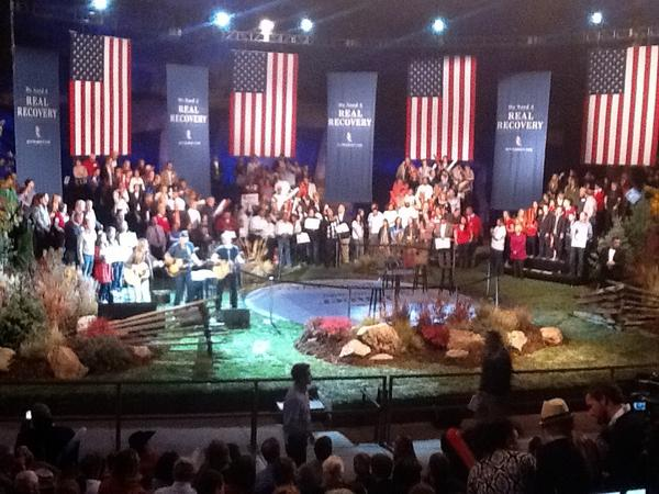 PHOTO: Stage is set at Red Rocks. Home and garden expo themed. #COpolitics pic.twitter.com/U4zCOpVP