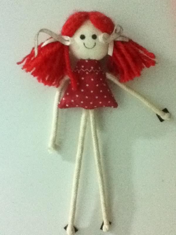 A verdade em uma só boneca KKKKKKKKKK @thainaralima_ to morrendo http://t.co/Fj9D6IcZ