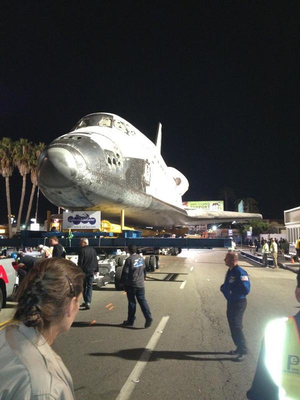[Endeavour - OV-105] Destination California Science Center (Sept. 2012) - Page 5 A5ENjOLCQAAj70W