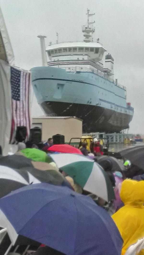 About to watch the launch of research vessel Sikuliaq at Marinette Marine. http://pic.twitter.com/yuXDOPGl
