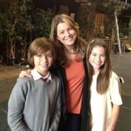 Dempeomd On Twitter New Pic Of Ellen Pompeo Bts With 2 Young