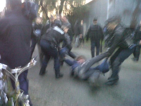 @alexandraturcat - importante opération d'expulsion d'anti aéroports autour de Notre Dame des Landes