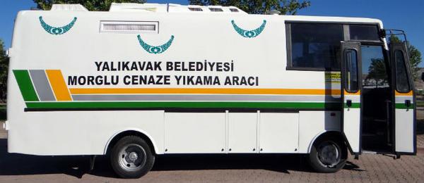 Yalıkavak Belediyesi bünyesinde bulunan minibüslerden biri bakıma alınarak cenaze aracına çevrildi. http://t.co/ogQF1imp