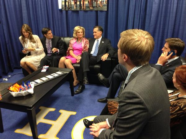 Romney family hanging out backstage. http://pic.twitter.com/PwZ9renJ