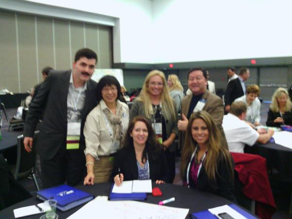 World Café Speed Networking #PMILIM ! Koji so glad to have met: Ajay, Grace, Holly, Maria, & Alicia! GO TEAM! :) http://pic.twitter.com/0y4Tdb1s