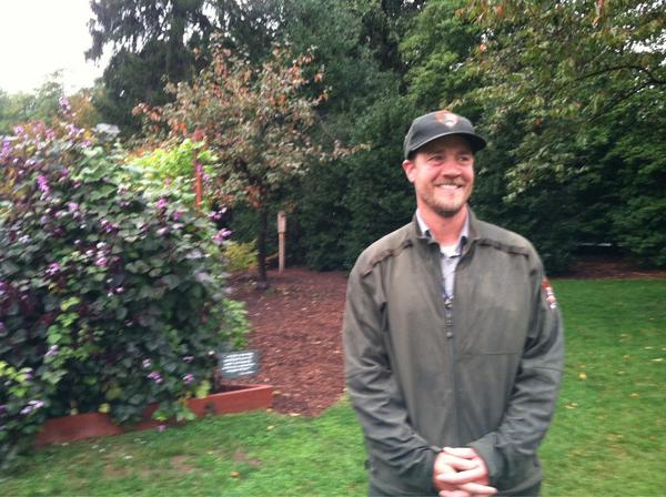 This is Matt Burch- tends the WH garden. Grows kale, tomatoes, peppers. #WHGarden http://pic.twitter.com/LZP8AEh6