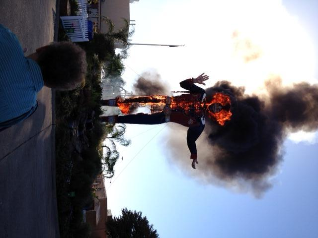 #BREAKING picture of Big Tex on fire from B.J. Bonnett http://pic.twitter.com/UMWID7vd