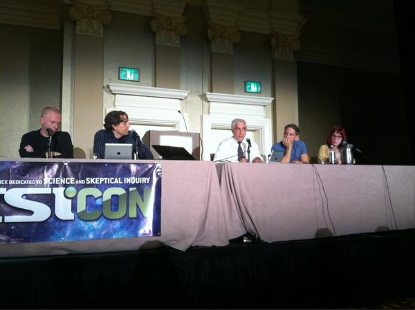 At #CSICON live @SkepticsGuide recording! I'm close enough to get hit with Steve Novella's spittle! #skepticwin http://pic.twitter.com/MnYFASbM