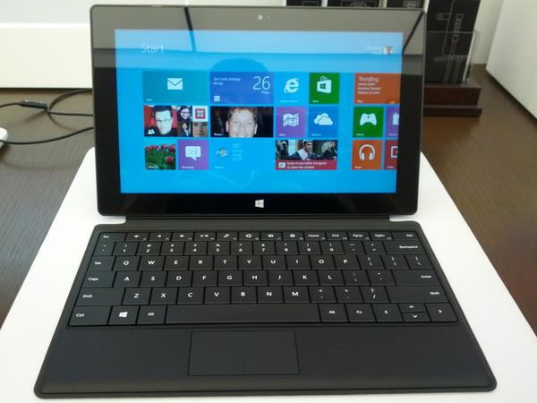 OK all set with Microsoft Surface :) http://pic.twitter.com/1jyWUZyh
