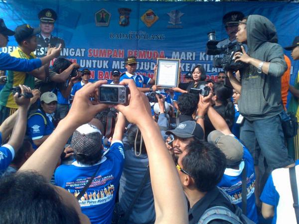 Rekor Muri Penyematan 10.000 Pin CFD Kota Malang [image by @ArinaParahita]