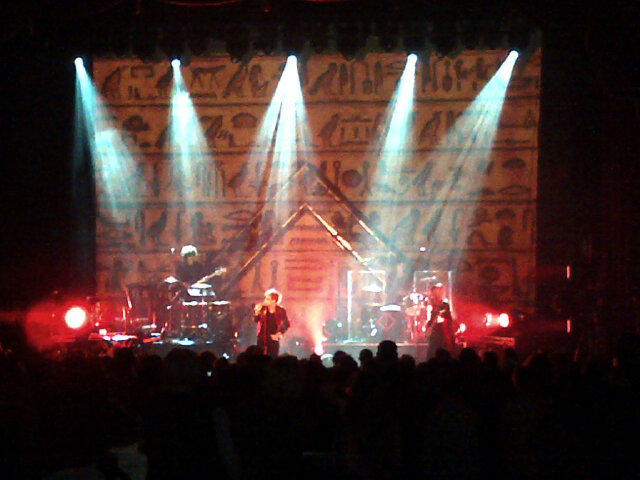 10/27/12 - Detroit, MI, Royal Oak Music Theater A6Qy7ArCQAE0Sw6