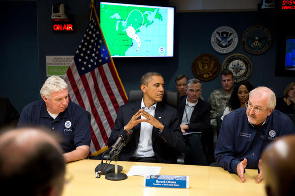 "President Obama on Hurricane #Sandy: ""Take this very seriously"": http://on.wh.gov/kPMeMP Photo @FEMA today: http://pic.twitter.com/byviJKh6"