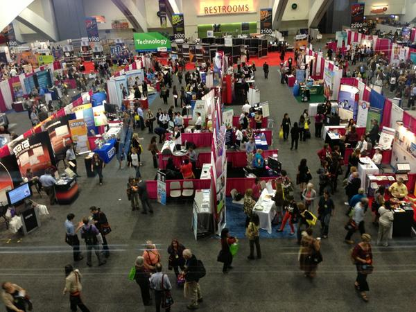 Amazing booths & resources at the #APHA12 public health expo! Proud to be a new member (student assembly, API caucus)! http://pic.twitter.com/pf26Jks6