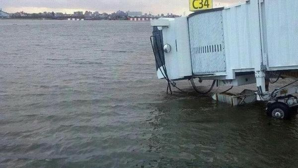 10/30 update: Recovering from Hurricane #Sandy http://bit.ly/W2JTT8 http://pic.twitter.com/VDoRgC5q