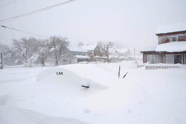 Another awesome WV #Snow pic .. this one taken by @BeauDodson in Davis, WV (Tucker Co): #Sandy http://pic.twitter.com/Iwea7toG