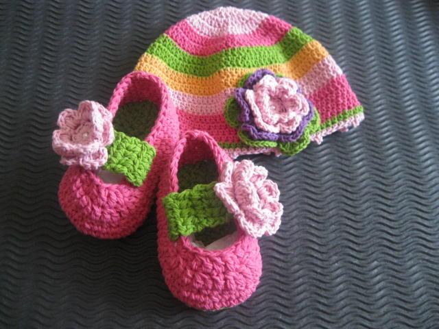 baju bayi RAJUTAN handmade, sepatu, tas dll aneka rajutan