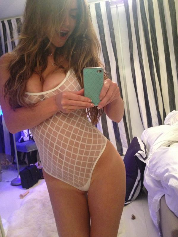 Fake busty girl porn
