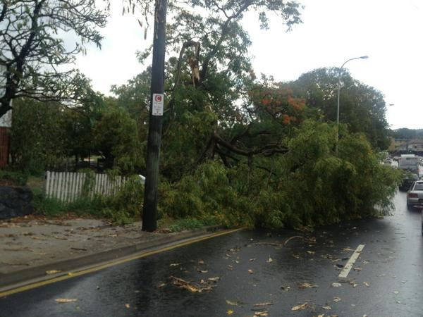 Aftermath at Milton Ed #brisbanestorm @scroftpf @mcroft91 @croftyk7 http://pic.twitter.com/SGV8ZCPD