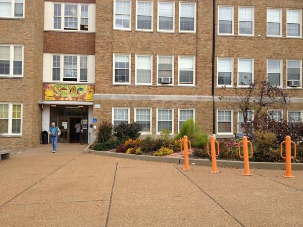 Decent line in gym at U City HS but eerily quiet outside. No electioneering. A 1st. #stlvote http://pic.twitter.com/V9Jb99We