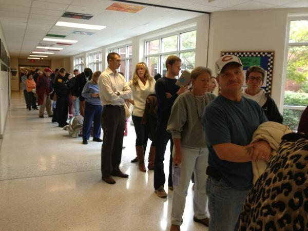 Virginia turnout --> RT @KHopkinsWVEC: Voters at Chesapeake greenbrier middle wait five hours to vote. http://pic.twitter.com/soEYGPt7