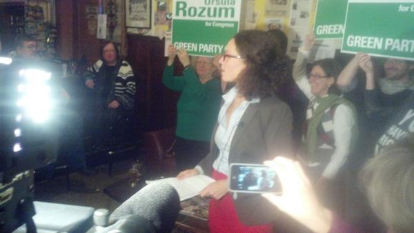 Green Party candidate for NY24 Ursula Rozum concedes race #CNYVotes http://pic.twitter.com/nh9A11eu