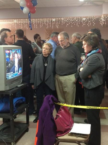#Syracuse mayor Stephanie Miner and other democrats watch the results come in. #315elex http://pic.twitter.com/UolC3k5q