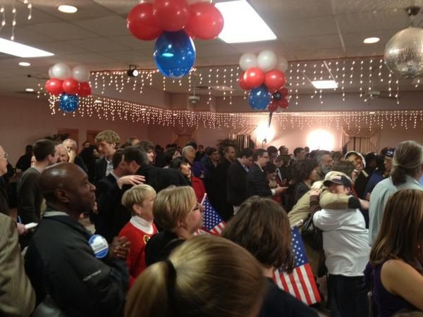 Democrats in #Syracuse chanting 'yes we can' as NBC calls presidential race for #Obama. http://pic.twitter.com/w3Jr0XC6