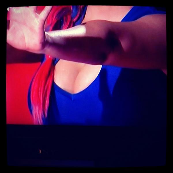 [Video+Fotos] [The Voice 3] Episodio 19: Live Playoffs (Completo) [07/Nov/12]    A7JV76ZCIAE2nnX