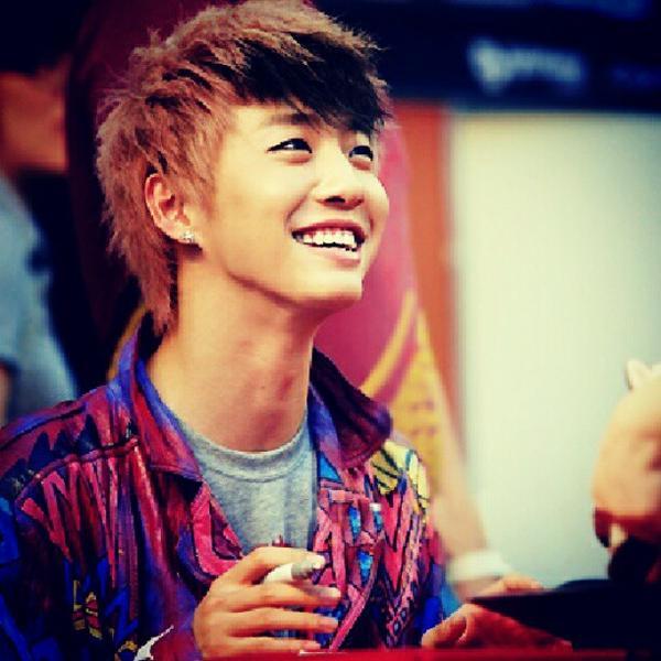 bap yongguk smile - photo #9