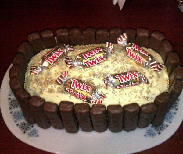 Miraculous Lizzie Neave On Twitter A Twix Birthday Cake For Twixaholic Funny Birthday Cards Online Inifofree Goldxyz